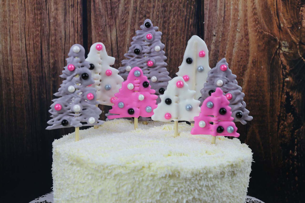 winter forest cake