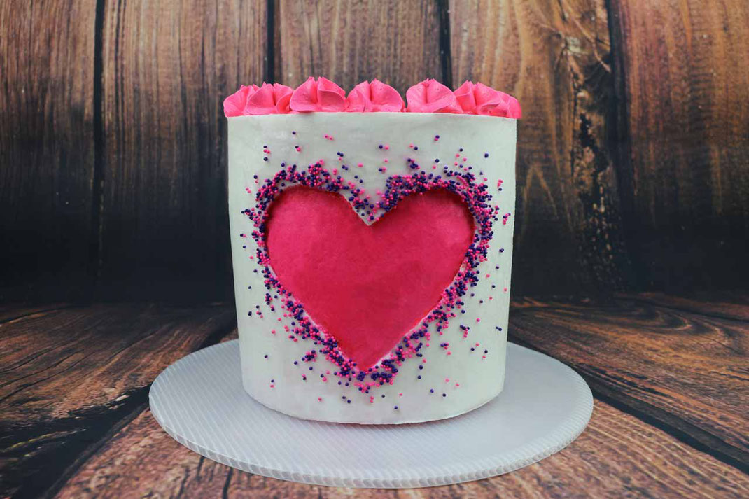 heart cake with cut out effect