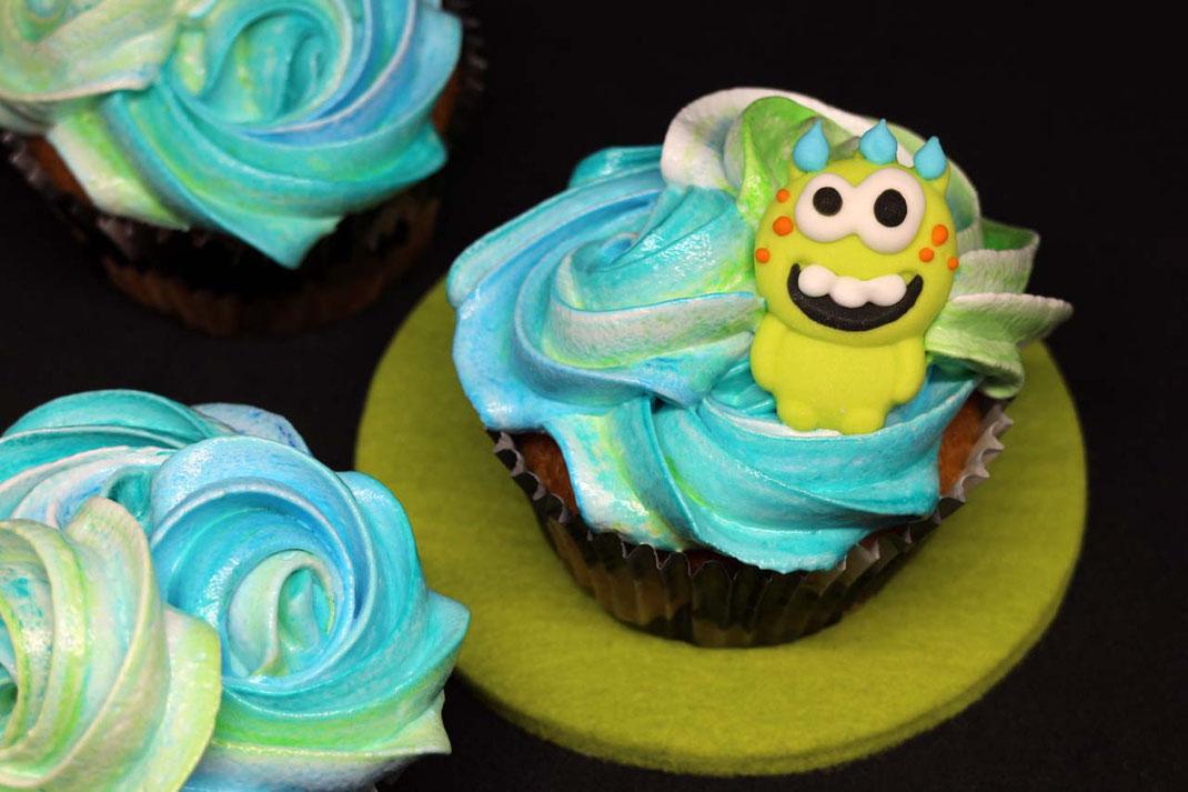 Cupcakes mit Eiweißcreme