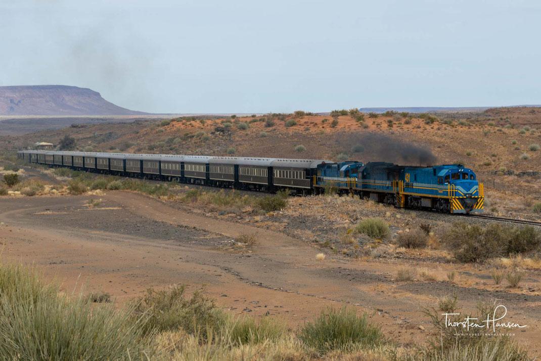 """Meine Bahnreisen in Afrika - """"Shongololo / African Explorer"""" und """"Rovos Rail"""" in Namibia und Südafrika """"Verrückt nach Zug Meine Arbeit als Chefreiseleiter. """"Outeniqua Choo Tjoe Train"""" von Knysna nach George und entlang der Garden Route"""