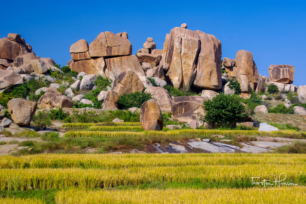 Erleben sie mit dem Reiseleiter Thorsten Hansen die verlassene Ruinenstadt Hampi im Bundesstaat Karnataka in Indien. Von etwa 1343 bis 1565 war Hampi die Hauptstadt des Königreiches Vijayanagar