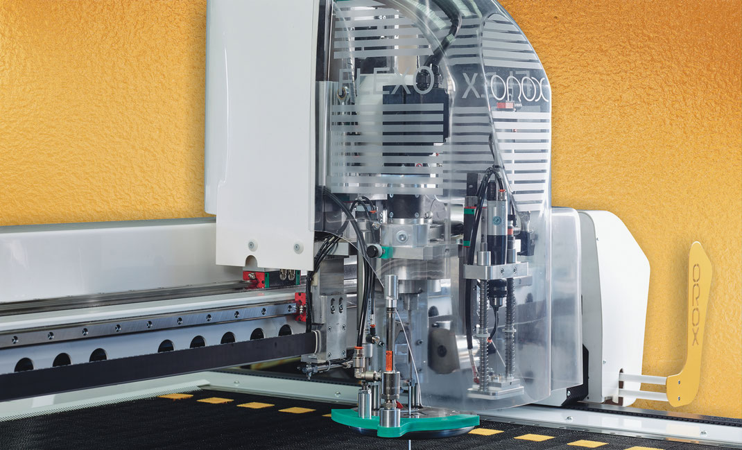 OROX Italy | iCon cutter machine | Robot Flexo image