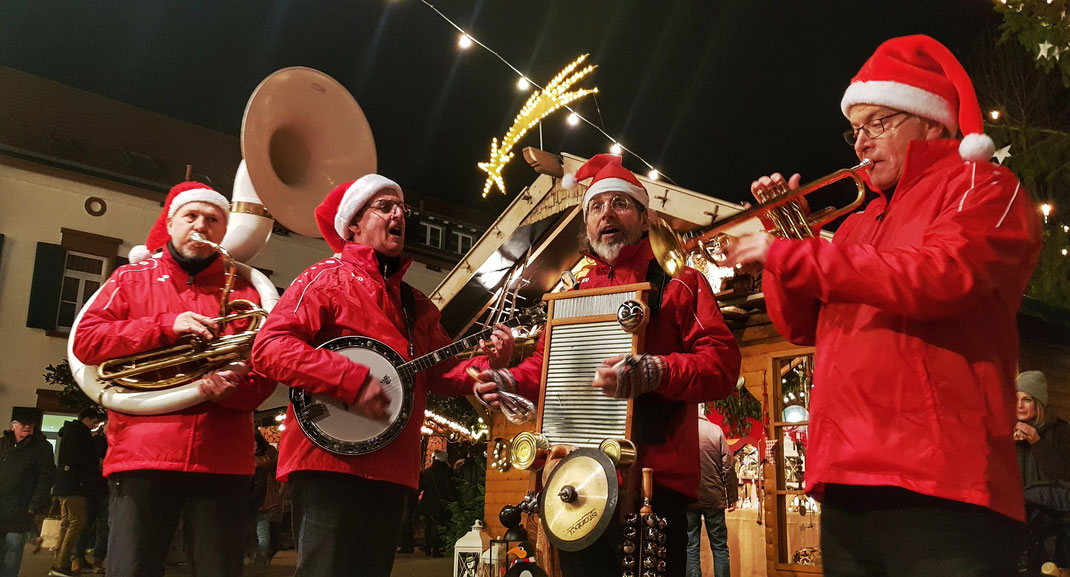 Christmas Heroes, der Weihnacht Walking Act