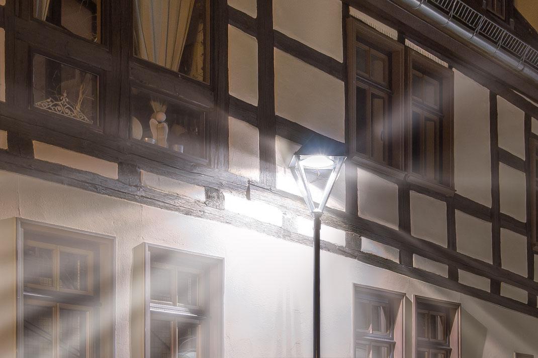Licht einer Straßenlaterne in Bernau