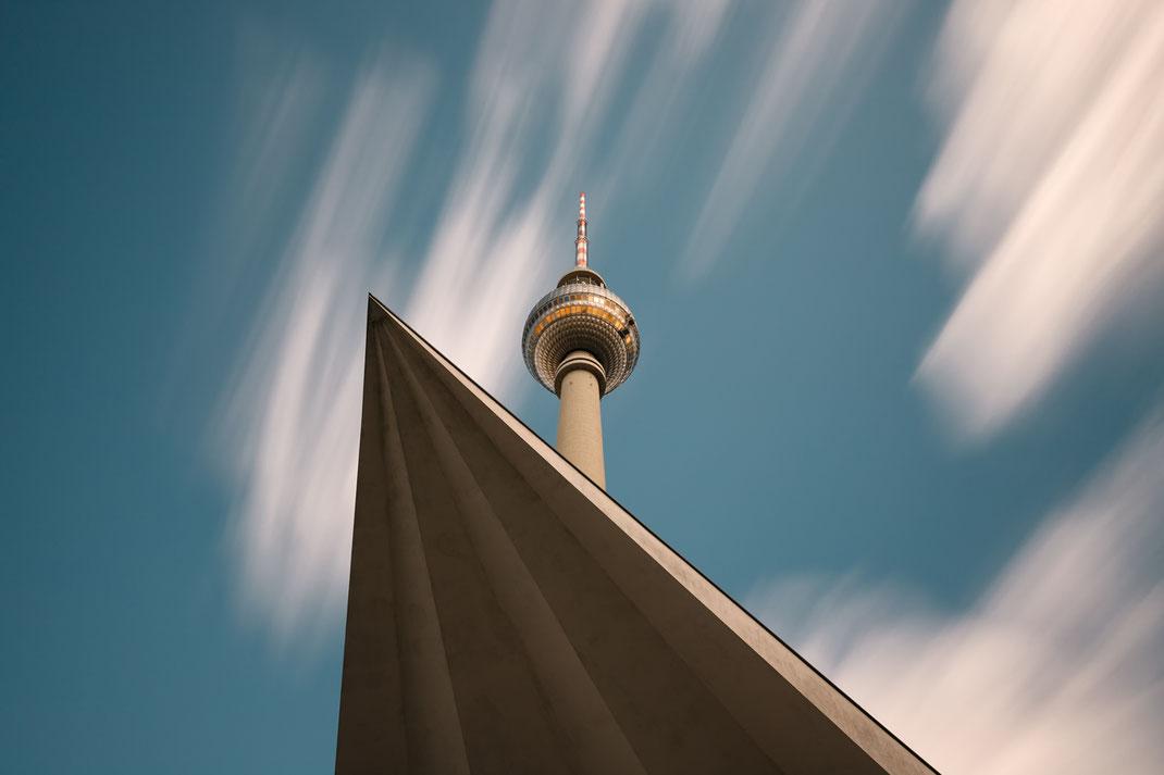 Berlin, Fotokunst, Fernsehturm, Berliner Fernsehturm, TV-Tower, Berlin-Mitte, Sehenswürdigkeiten, Langzeitbelichtung, long exposure,