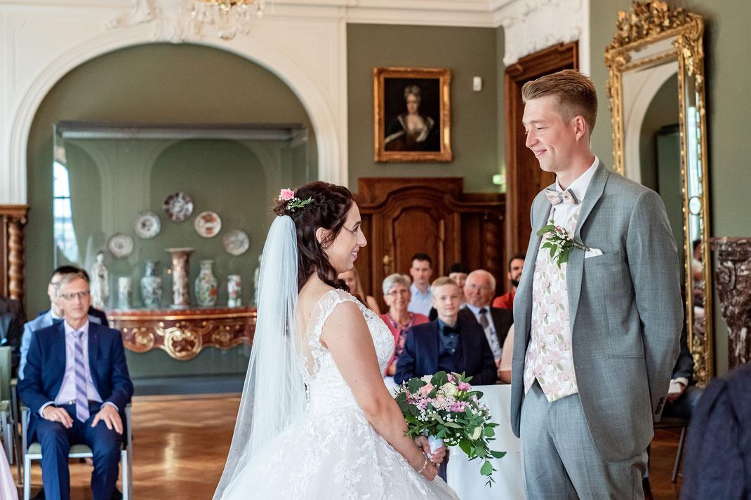 Hochzeitsfotos, Hochzeit Barockschloss Lichtenwalde, www.kruegerfotos.de, Fotografie Diana Krüger, Hochzeitsreportage, Hochzeitsfotografie, Brautpaarfotos, Brautpaarshooting, Braut, Bräutigam, Fotograf Sachsen, Fotograf Chemnitz, Fotograf Zwickau