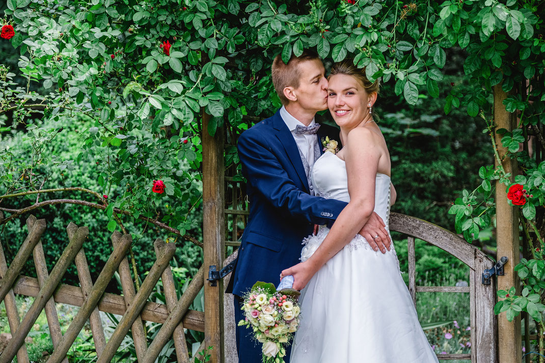 Hochzeitsfotografie, Brautpaarshooting, Brautpaarfotos, Fotografie Diana Krüger, www. kruegerfotos.de, Hochzeitsreportage, Hochzeitsfotos, Fotograf sachsen, Fotograf Leipzig, Fotograf Chemnitz, Fotograf Zwickau, Fotograf Dresden