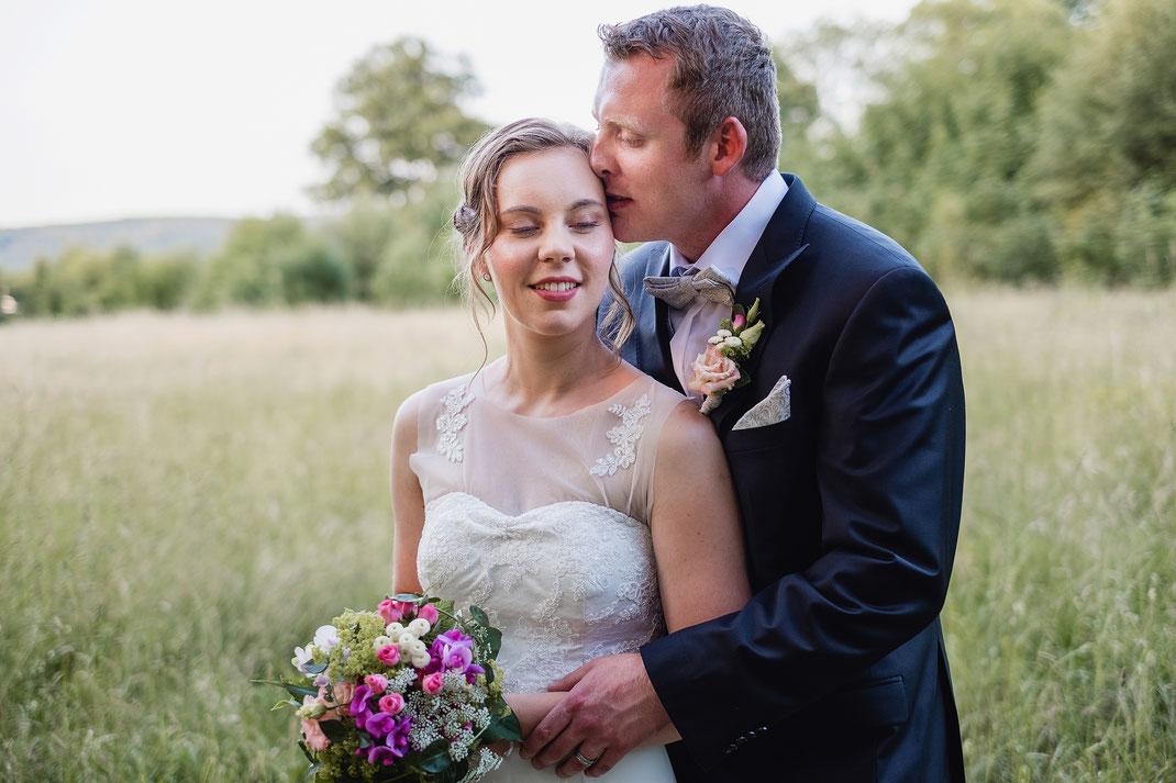 Hochzeitsfotos, Brautpaarshooting, Hochzeitsreportage, Paarfotos, Grünefelder Park, www. kruegerfotos-hochzeiten.de, Fotografie Diana Krüger, Hochzeitsfotograf, Fotograf Sachsen,