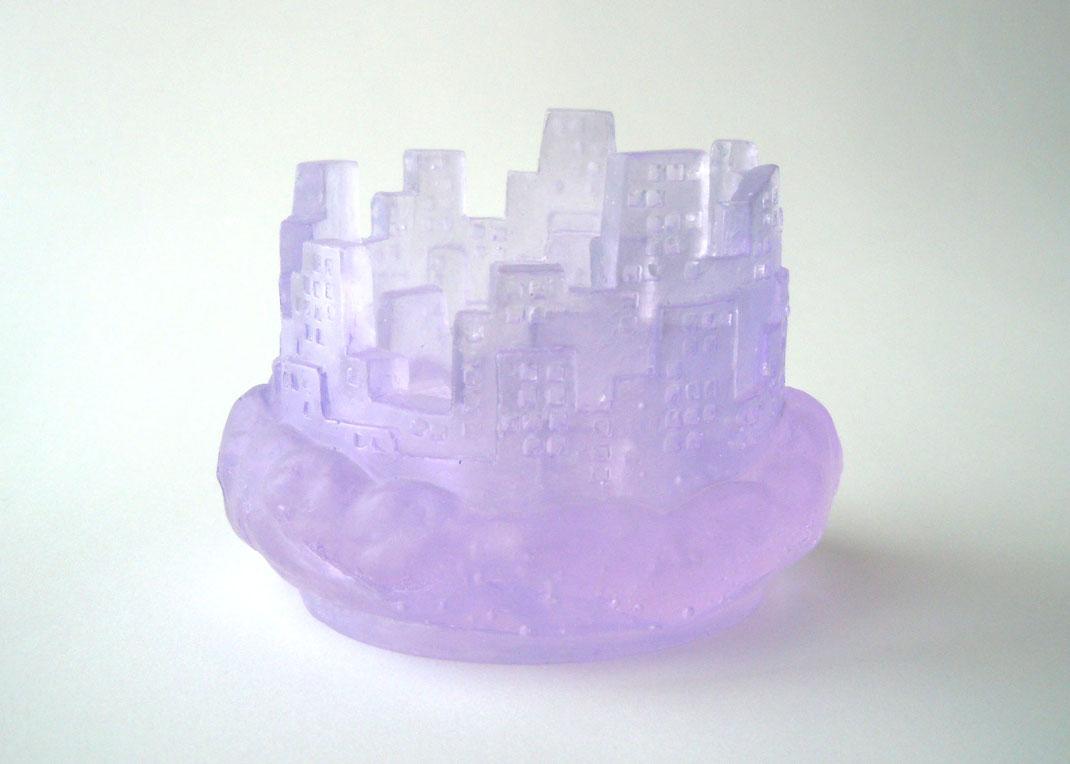 「City lights-cloud-」 H70×W90×D90(mm) 素材・技法:ガラス・キルンキャスト  価格:¥10,000(税抜)