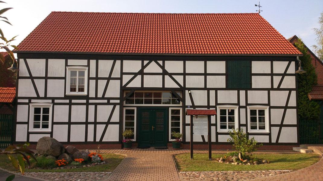 Treffenfeldscheune, Dorfstraße 13, 39629 Könnigde