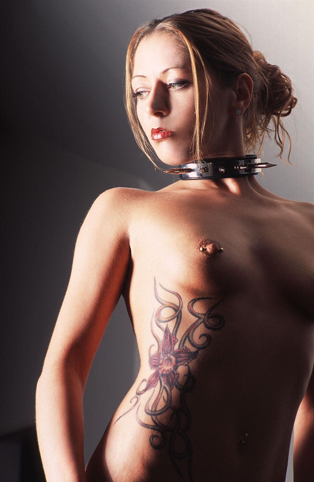 Fetisch Fine Art Nude Aufnahme Sammy von Martin Boelt Photography