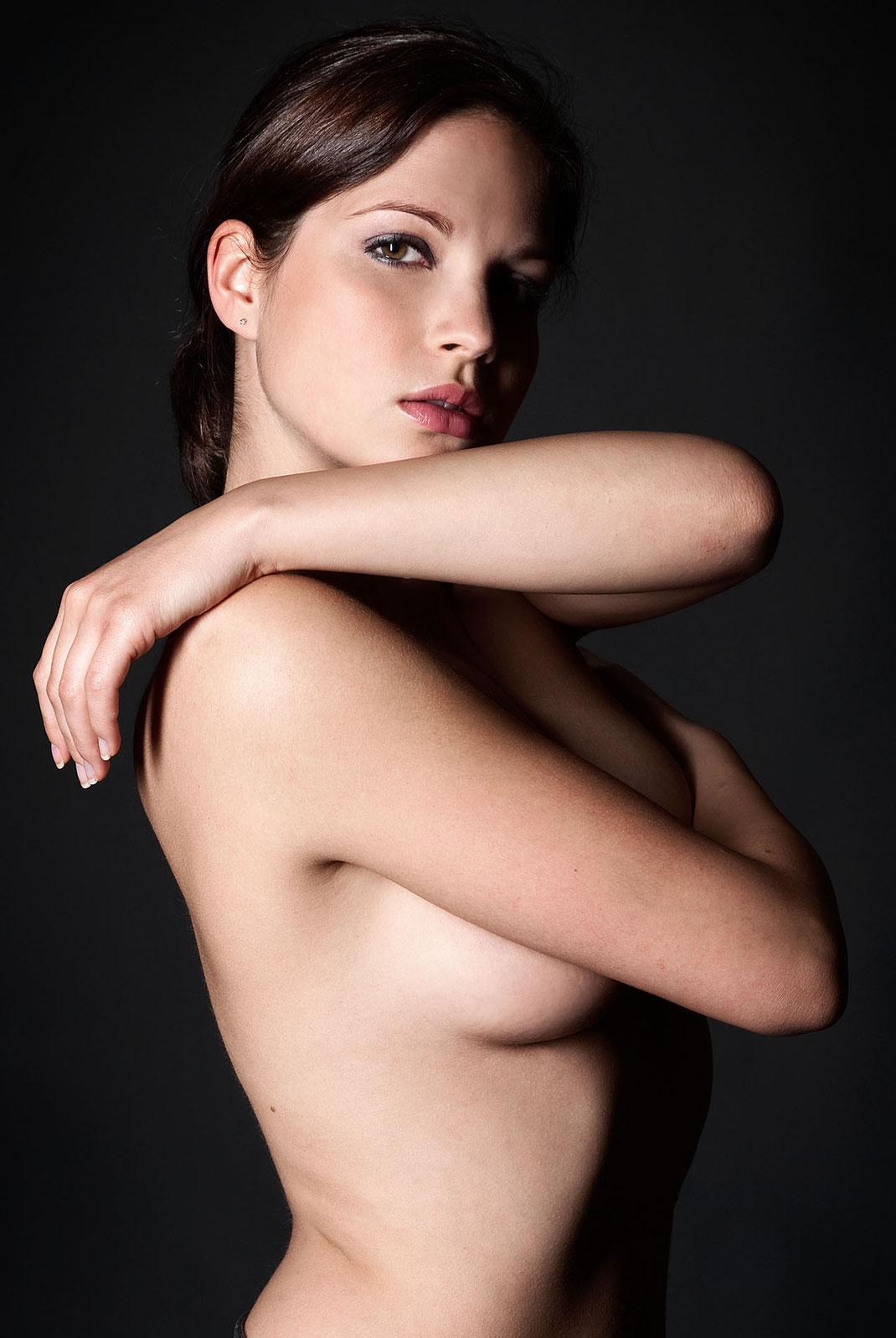 Erotische Portaitaufnahme von Jenny by Martin Boelt Fine Art Erotic Photography
