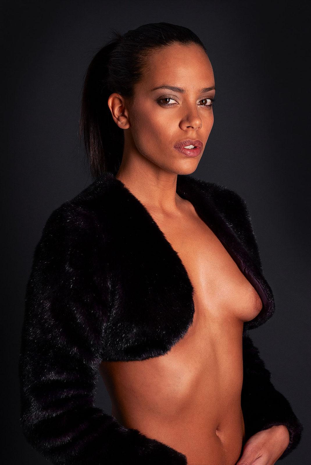 Portrait und Fine Art Nude Aufnahme von Martin Boelt Photography