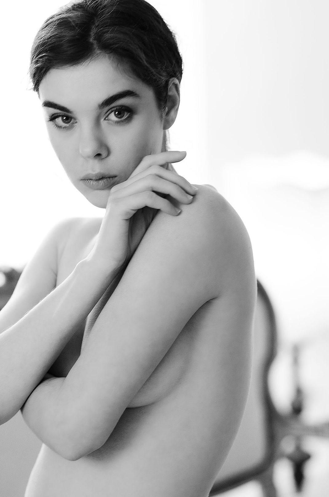 Portraitaufnahme Dako Haux fotografiert von Martin Boelt Erotic Portrait Photography