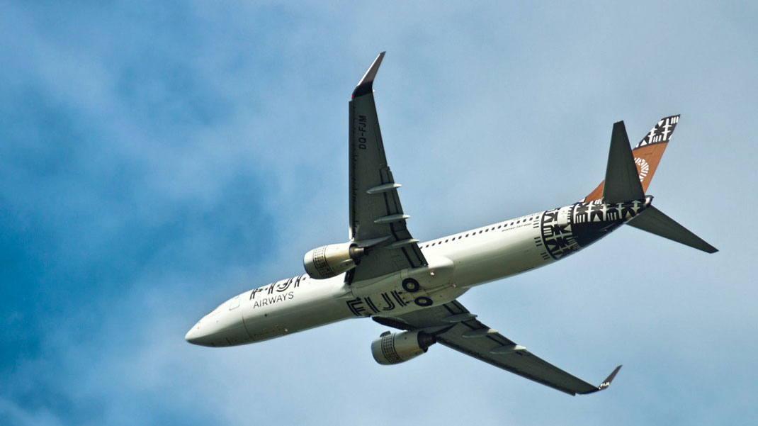 fiji airways 737