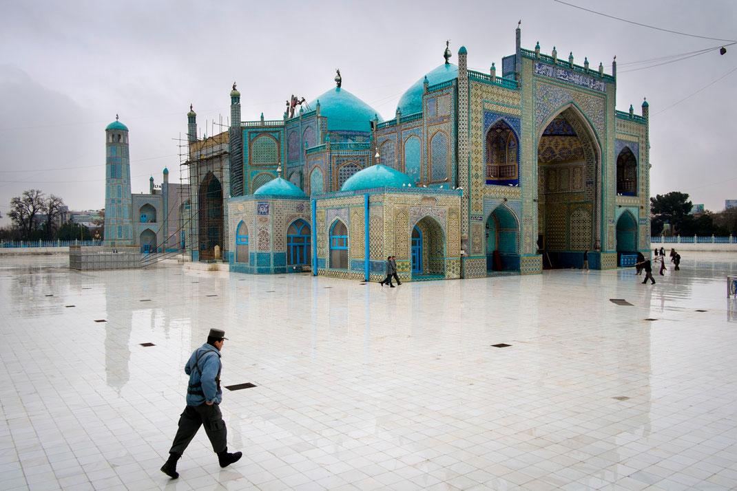 the blue mosque mazar sharif