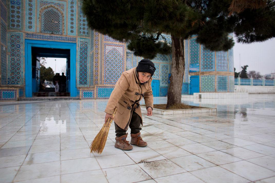 blue mosque mazar