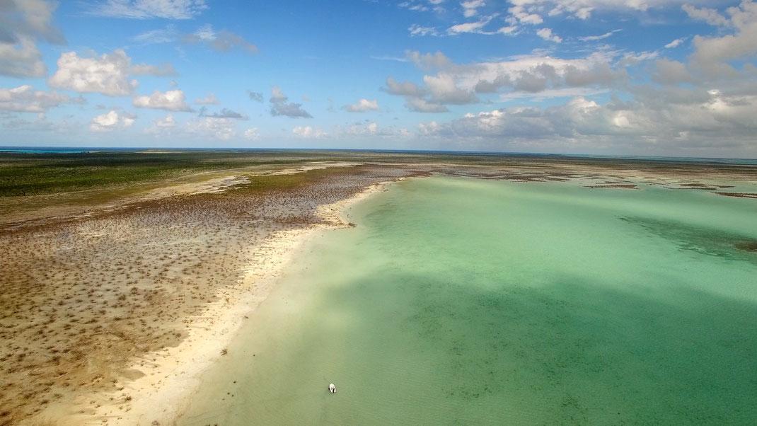 Fly fish Bahamas, FFTC.club saltwater destination, Crooked Island and Acklins, Beach, Fly fish saltwater adventure for bonefish, permit, triggerfish, sharks, jacks, barracuda.