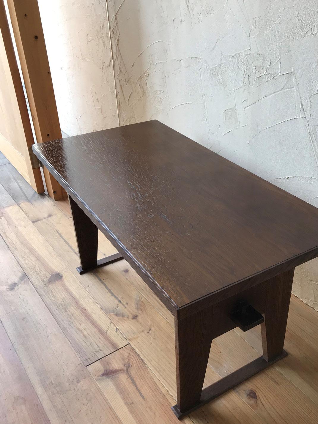 テーブル塗装修理後