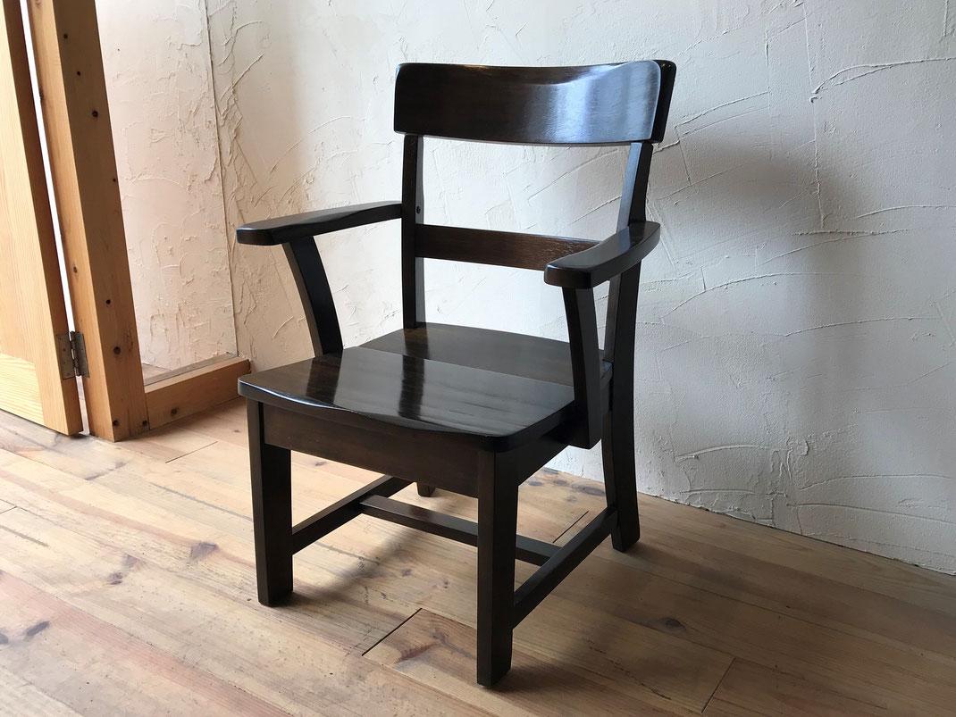 肘掛椅子修理後
