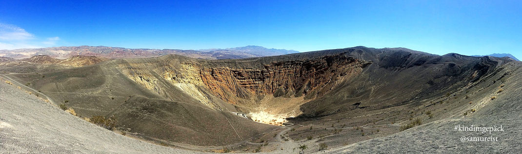 Der Ubehebe Krater im Death Valley Nationalpark