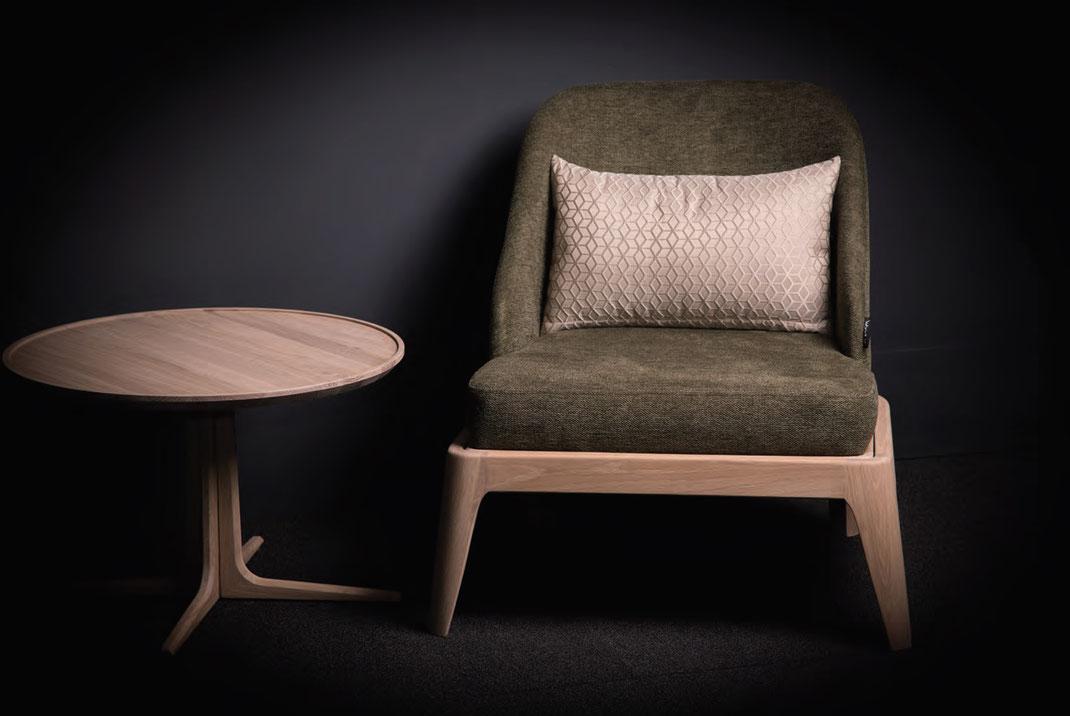 Der-Sessel-Cubo-von-WoodLab-mit-Stoffbezug