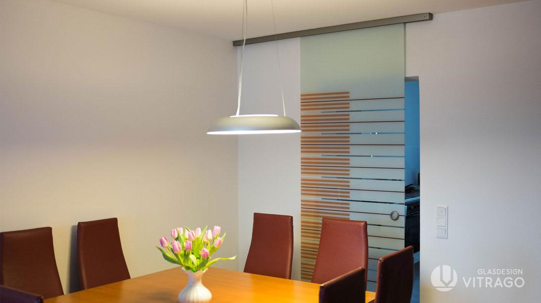 Glastür nach Maß für innen mit Motiv konfigurieren