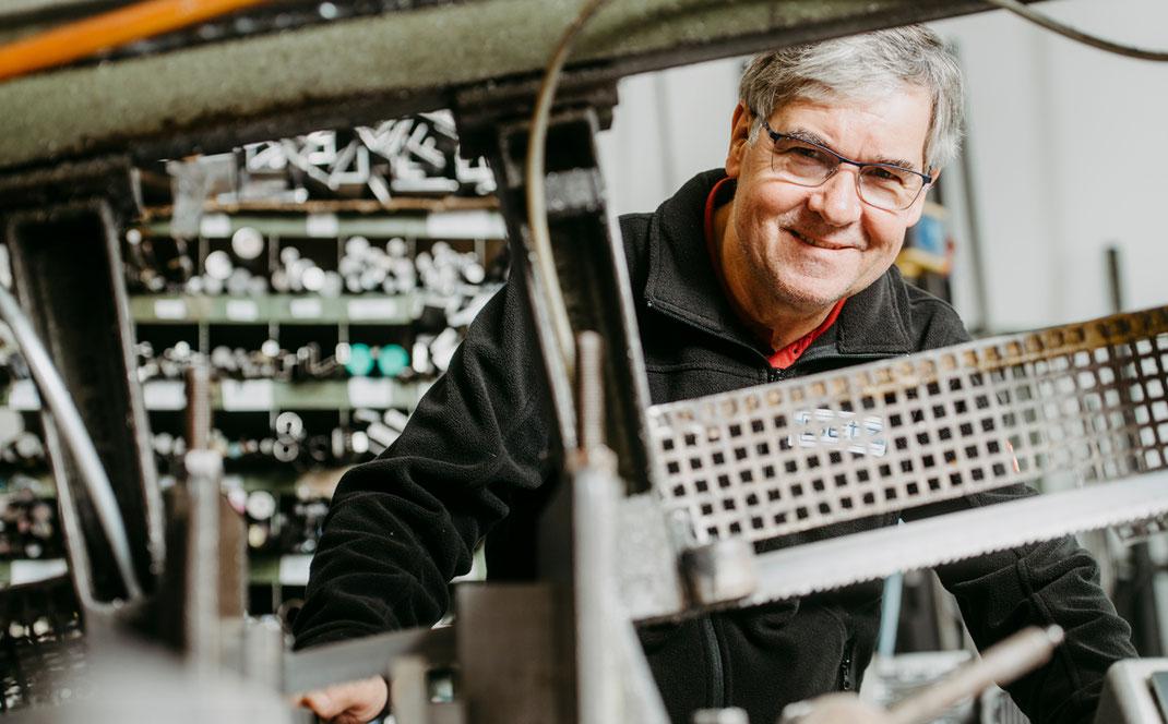 Ueber uns Karriere Stellenangebote Automatisierungstechnik Mozer Hans Kurt Betz GmbH Jobsuche Werkzeugbauer Sondermaschinenbau Ausbildung