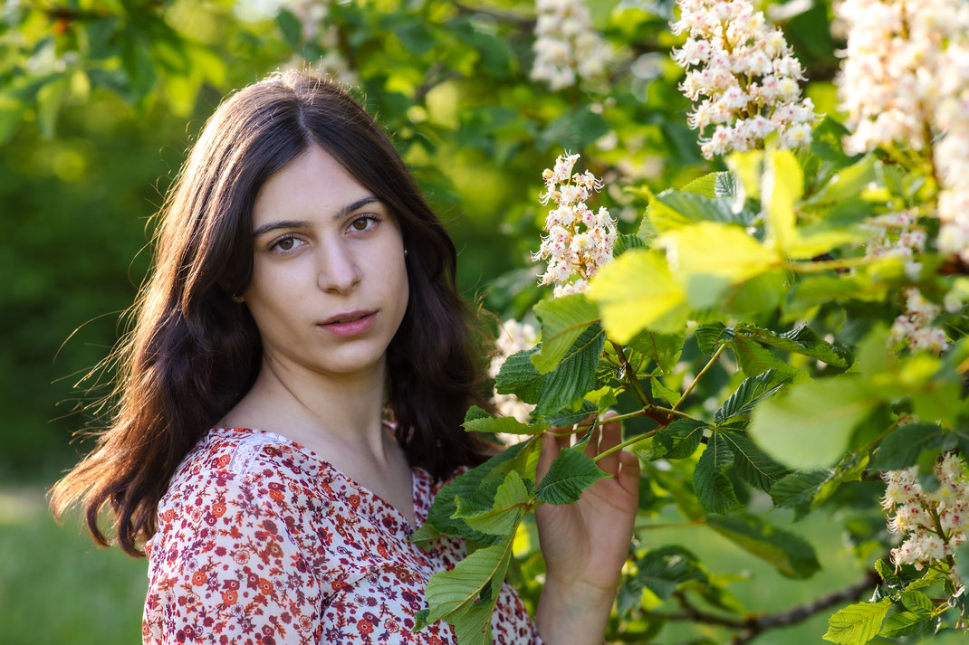 natürliche Schönheit Frau Mädchen Portrait Fotografie Eningen Reutlingen Virginie Varon