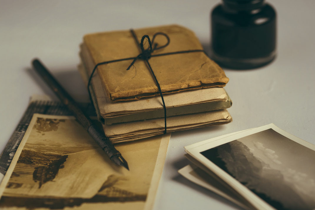 Alte Postkarten und Briefe