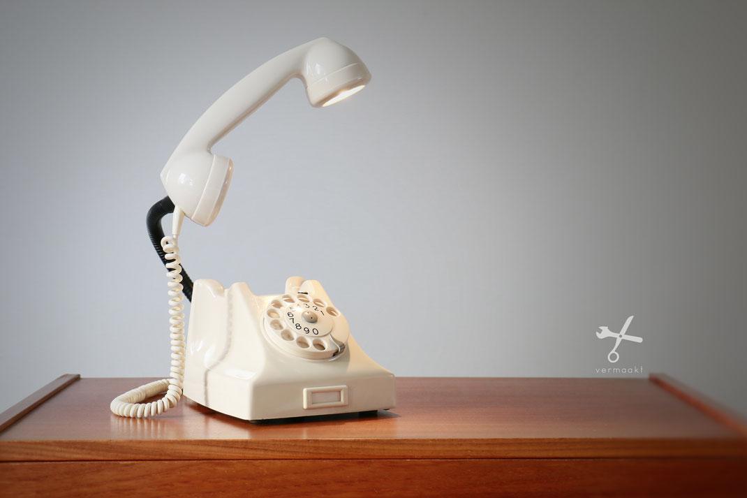 jaren 50 -50 telefoonlamp