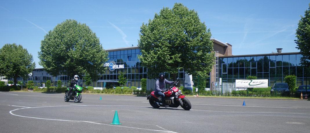 Stage de conduite moto et maxi-scootezr bt Cap Moto