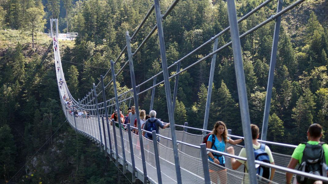 highline 179 reutte  unterkunft ferienzimmer ferienhaus weerberg urlaub tirol österreich ski wandern lift holiday sommer winter herbst