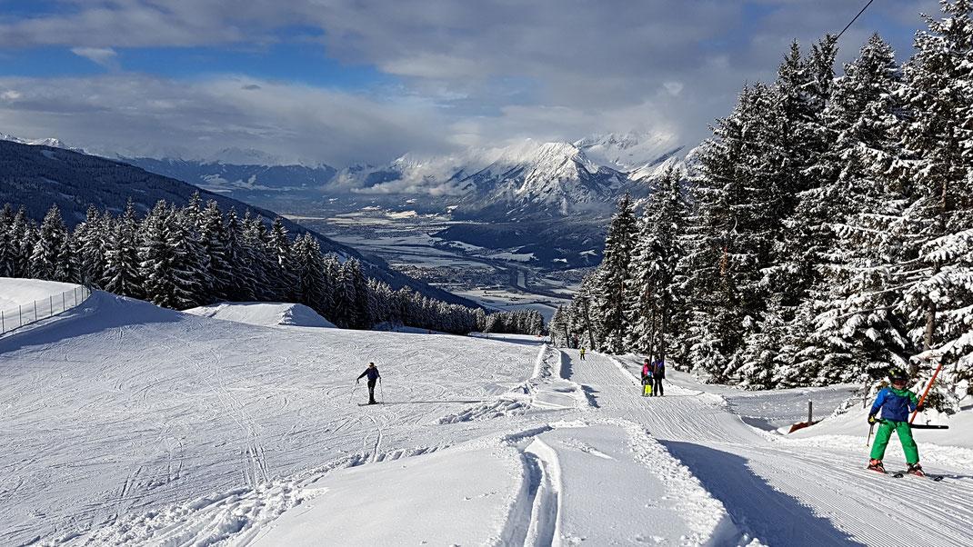 huettegglift  unterkunft ferienzimmer ferienhaus weerberg urlaub tirol österreich ski wandern lift holiday sommer winter herbst