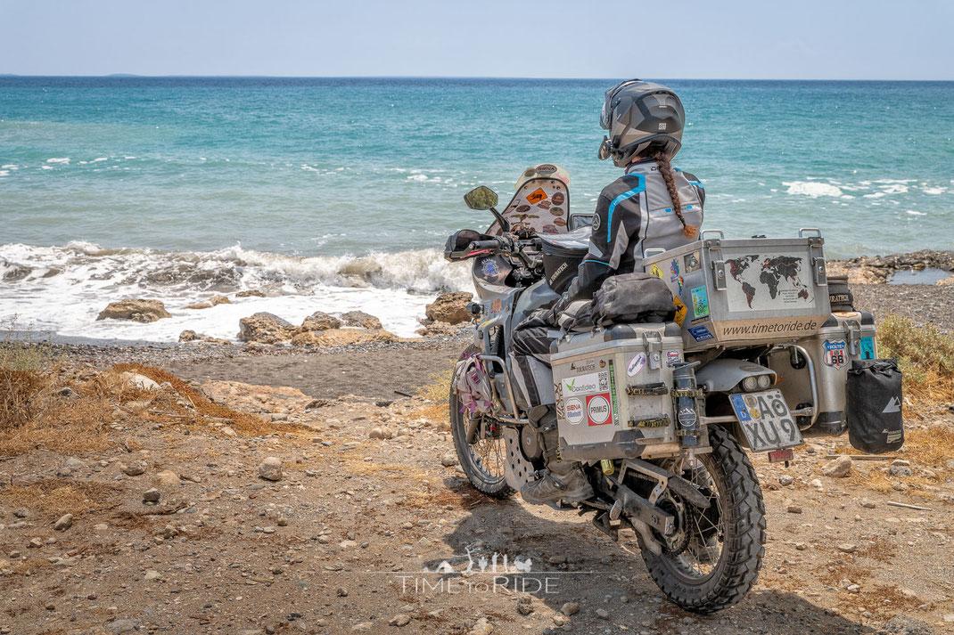 Der Sommer-Motorradanzug DANE Fano Lady besitzt grosszügige Belüftungsöffnungen