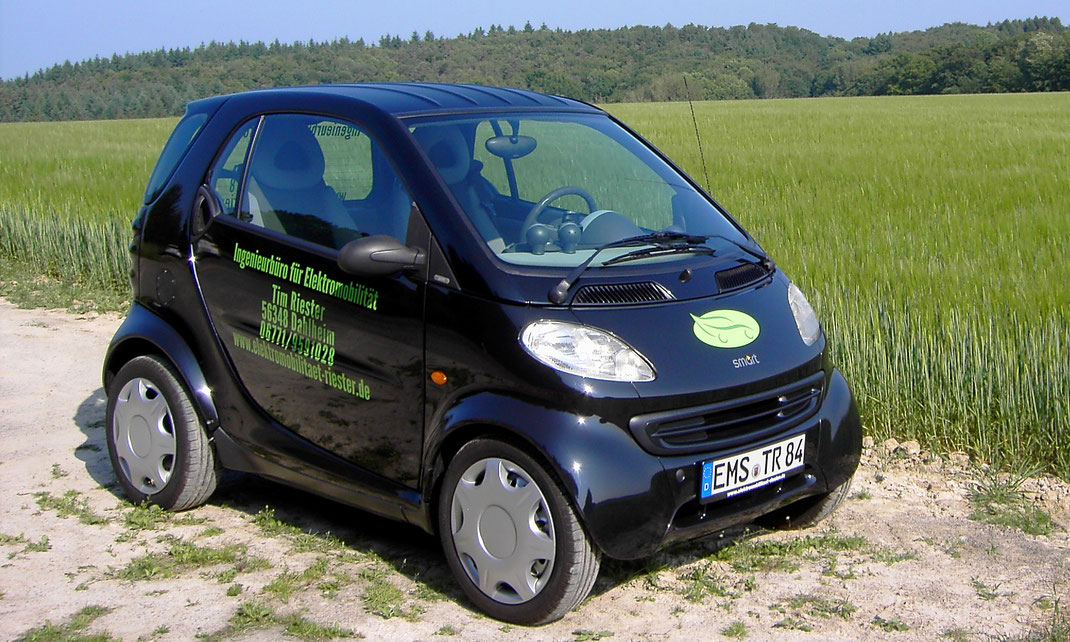 Auf Elektroantrieb umgerüsteter Smart 450.