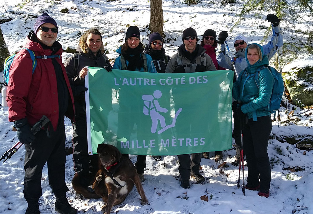PHOTO DE GROUPE À L'ENTRÉE DU SENTIER ''ST.REGIS''