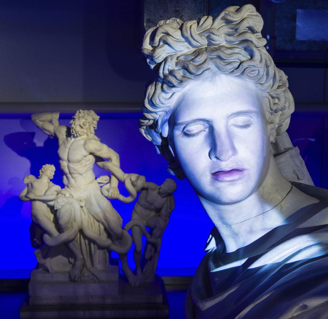 Aktuelle-Ausstellung-Museen-Bern-Antikensammlung-Universität-Facing-History-Kultur-Digital-interaktive-Medienkunst-Videokunst-Schweiz-Europa