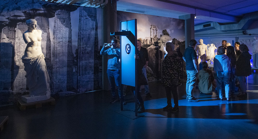 Antikensammlung-Bern-Facing-History-University-Art-Culture-History-Digital-Emotion-Tracking-Voice-Recognition-Interactive-Videoart-Videomapping