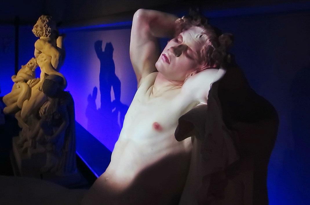 Barberinischer_Faun_Antikensammlung_Bern_Interaktive_Videokunst_Satyr_Schauspiel_Johannes_Schumacher
