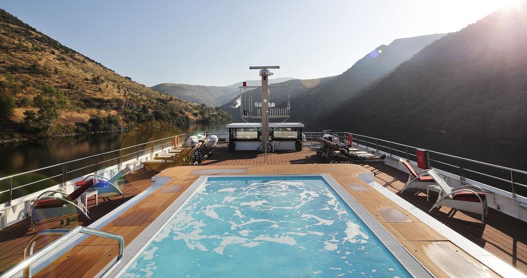 A-Rosa Alva Flusskreuzfahrt auf dem Douro in Portugal auch mit Flug als Pauschalreise hier buchbar (c) Foto A-ROSA Flussschiff GmbH