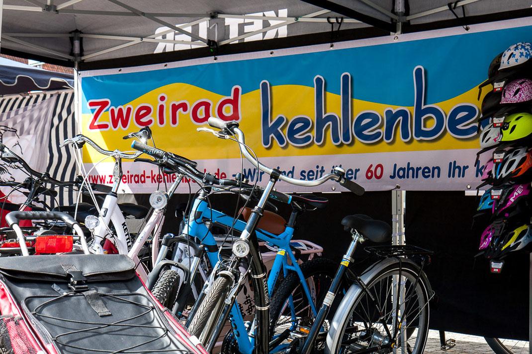 Foto: Andreas Hartwig, Autofrühling Delmenhorst 2016 - Stand Zweirad Kehlenbeck