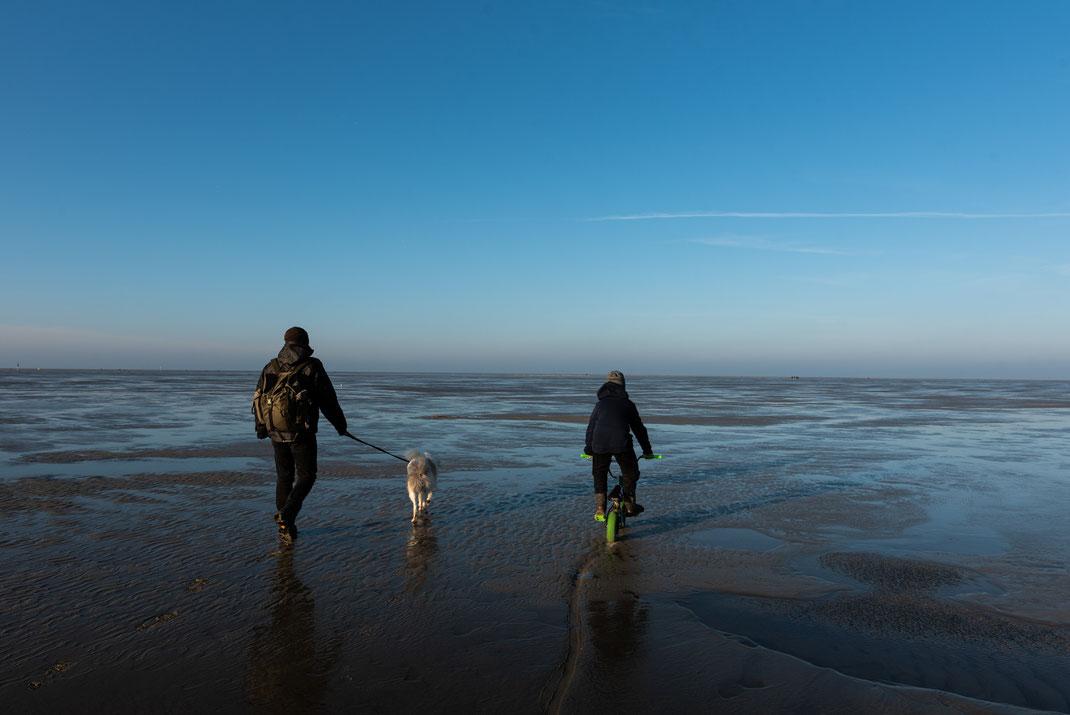 Familienausflug am Strand von St.-Peter-Ording