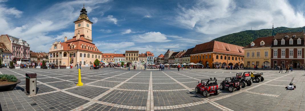 Marktplatz Brasov - Kronstadt / Reisebericht Rumänien