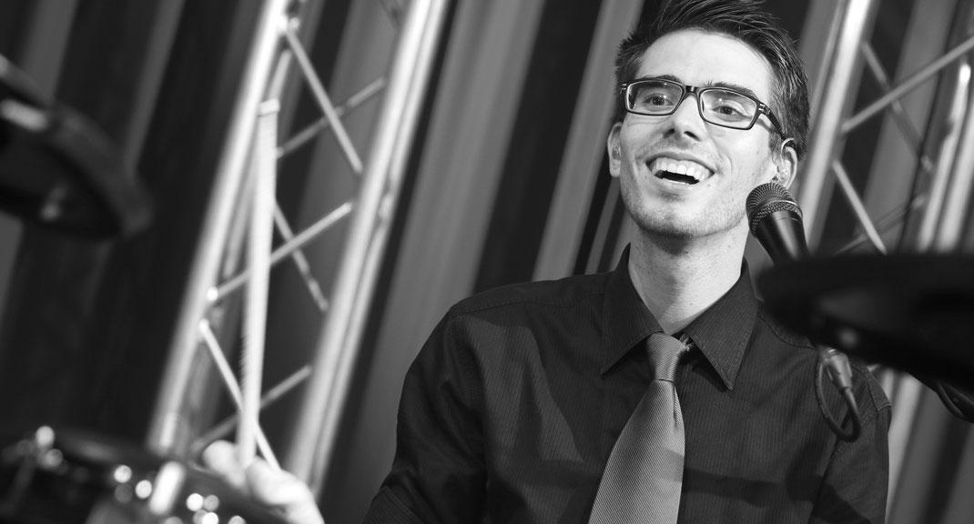 Daniel Frisch am Schlagzeug
