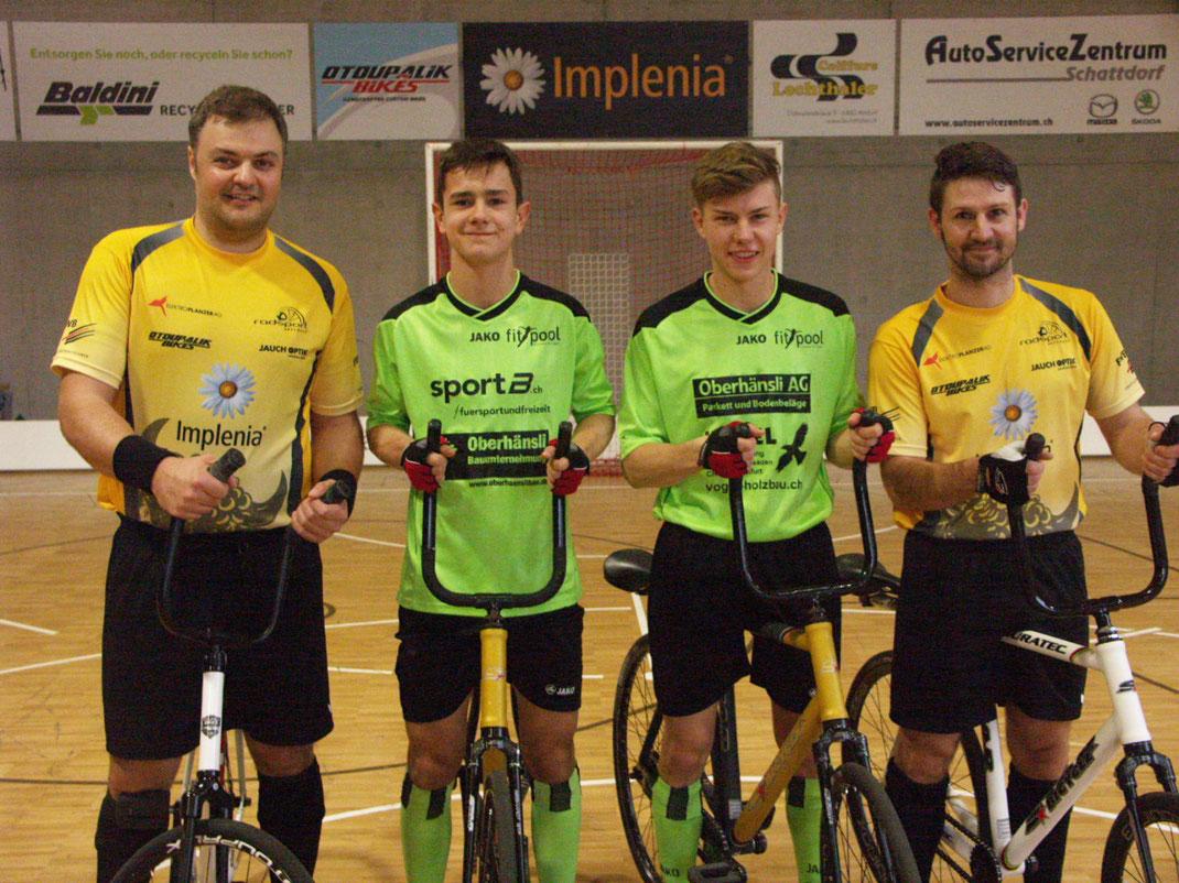 Roman Schneider ( ehemals RMV Mosnang, seit 10 Jahren RS Altdorf  ) Rafael Artho, Björn Vogel, Paul Looser ( RS Altdorf )  Roman Schneider und Paul Looser sind die letzten aktiven Schweizer Welt-meister im Radball.