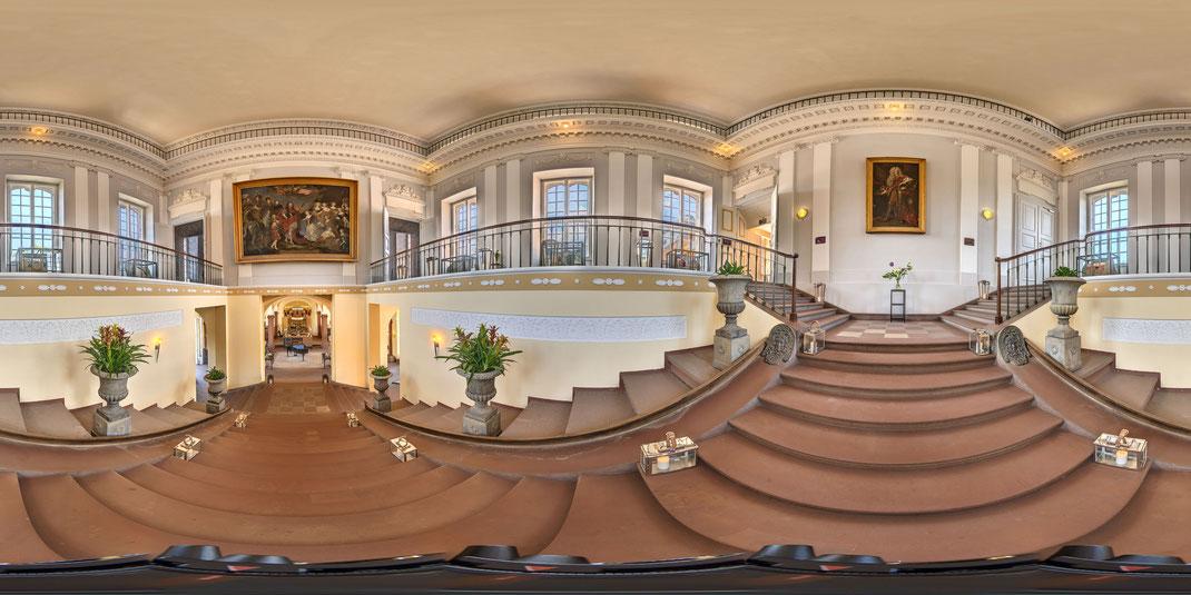 360 Grad Panorama Tour in HDR-Qualität. Tagungshotel Chateauform im Schloss Löwenstein Kleinheubach.