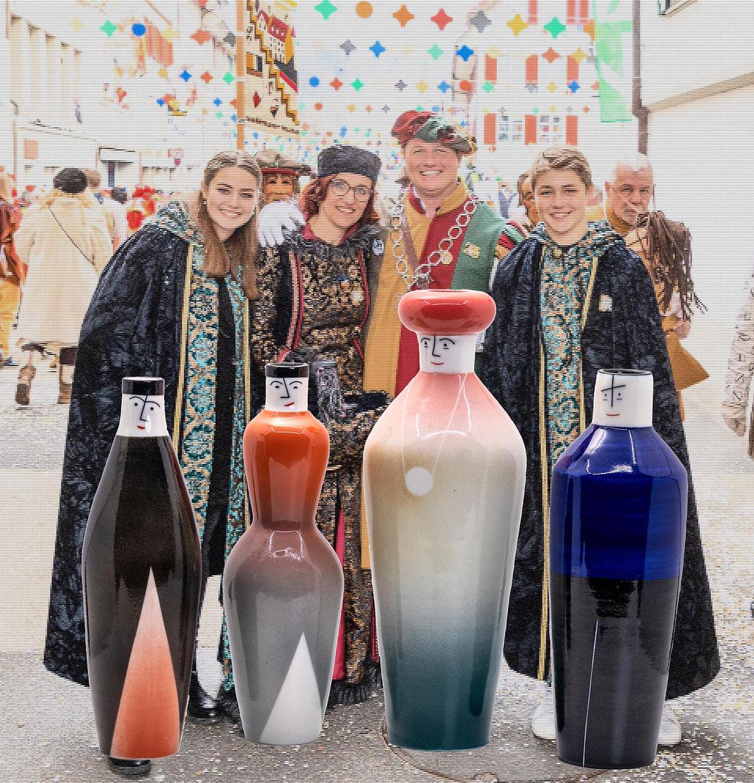 Die Familie des Zunftmeisters in Original und in Keramik