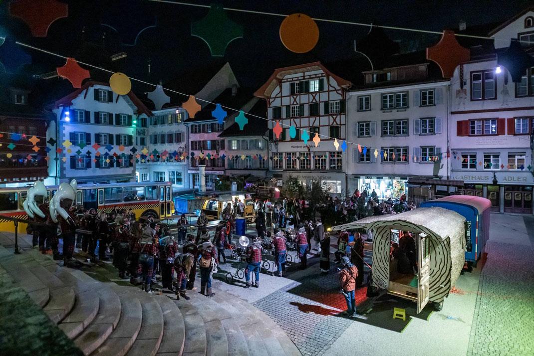 Tagwache in der Wagenburg am Kirchenplatz