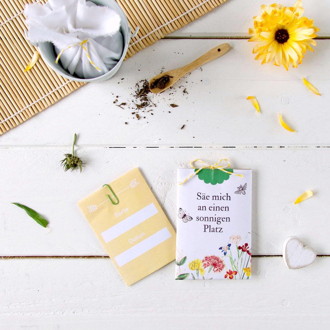 Blumensamen-Tüten aus buntem Papier selber machen